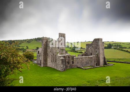 Fore Abbey ist die alte 15. Jahrhundert Benediktiner-Abtei Ruine im Norden des Lough Lene in County Westmeath, Irland - Stockfoto