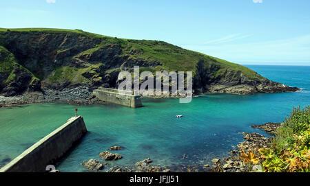 Dies ist die kleine Cornish Fischerdorf Port Isaac, es ist ziemlich klein, aber sehr beschäftigt, wie die TV-Serie - Stockfoto
