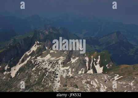 Sommertag am Mount Santis. Berggipfel in der Schweiz. - Stockfoto