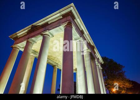USA, Massachusetts, Plymouth, Plymouth Rock Gebäude mit Plymouth Rock, Denkmal bis zur Ankunft der ersten europäischen - Stockfoto