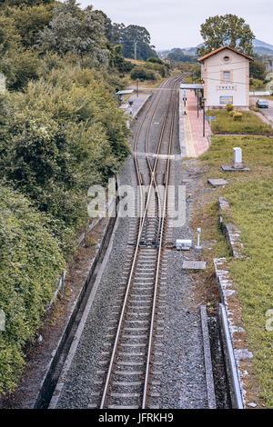 Zug Bahnhof Dorf, Treto, Kantabrien, Spanien - Stockfoto