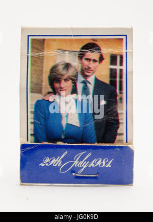Gedenk Buch Spiele feiert die königliche Hochzeit von Lady Diana Spencer und seine königliche Hoheit Prinz Charles am 29. Juli 1981. Stockfoto