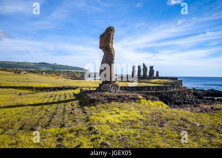 Moais Statuen, Ahu Tahai, Osterinsel, Chile - Stockfoto