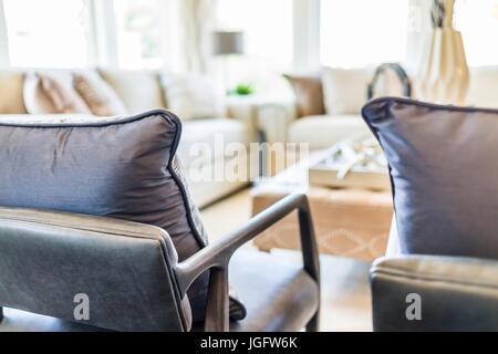 Stunning Das Moderne Wohnzimmer Mit Tageslicht Ideas - Globexusa ...