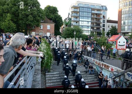 """Hamburg, Deutschland. 6. Juli 2017. Deutschland, Hamburg, Protestkundgebung """"WELCOME TO HELL"""" gegen die g-20-im - Stockfoto"""