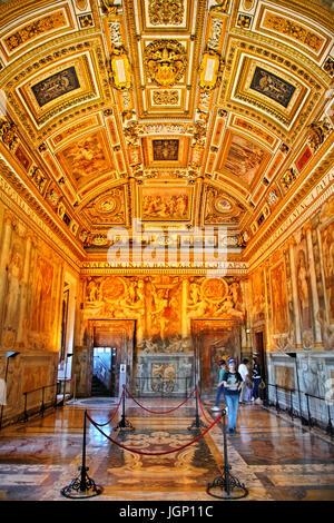 Paolina Zimmer (benannt nach Papst Paul III) in Castel Sant'Angelo, Rom, Italien - Stockfoto