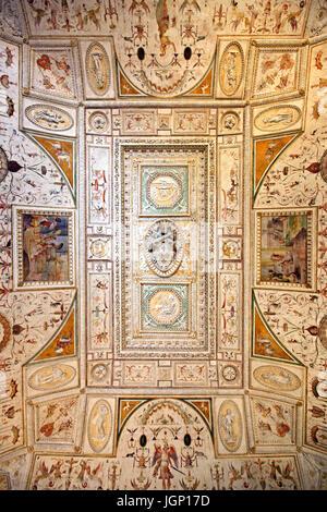 "Die schöne Decke der Bibliothek (ala Biblioteca"") in Castel Sant'Angelo, Rom, Italien. - Stockfoto"