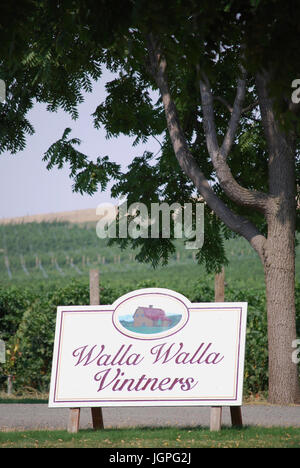 Walla Walla Winzer Weingut und Weinberg unterzeichnen im Freien, Walla Walla, WA. USA - Stockfoto