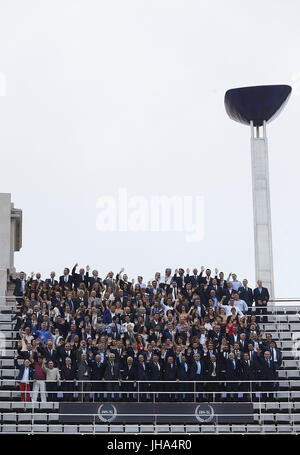 Fotogruppe der Medaillenträger von Barcelona 92 erreichen den Tribut, organisiert durch die Sportzeitung als anlässlich - Stockfoto