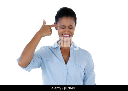 Betreffenden Geschäftsfrau, die Überprüfung ihrer Haut - Stockfoto