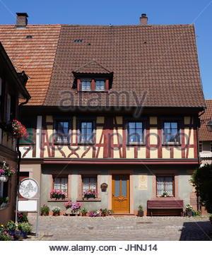 Rathaus im fachwerk stil in alsfeld hessen deutschland for Traditionelles deutsches haus
