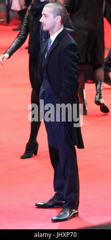Berlin, 9. Februar 2013: Shia LaBeouf besucht die Berlinale roten Teppich - Stockfoto