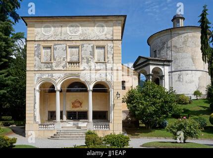 eine Kapelle in Piazza dei Tribunali, Sacro Monte di Varallo Heiligtum, Valsesia, Piemont, Italien - Stockfoto