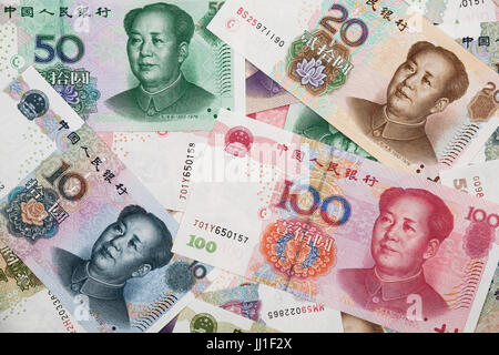 Hintergrund Collage chinesische Rmb Banknoten oder Yuan mit Vorsitzenden Mao an der Vorderseite des pro Wechsel - Stockfoto