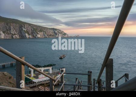 Alum Bay Sonnenuntergang auf der Isle Of Wight - Stockfoto