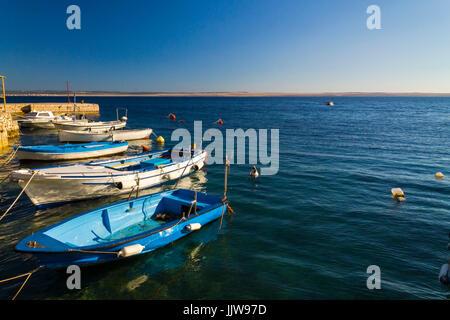 Kleines Holzboot in Kroatien - Stockfoto