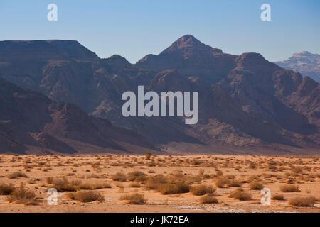 Wüstenlandschaft von Wadi Rum, Jordanien - Stockfoto