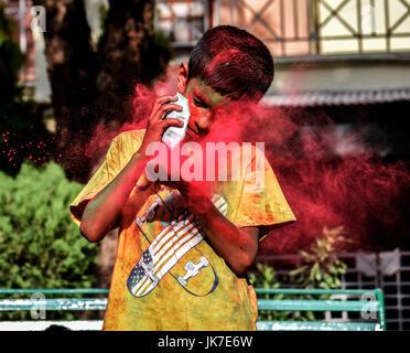Festival Of Colors, Holi, wird in ganz Indien gefeiert. Es wird für den Sieg des guten über das Böse gefeiert. Es - Stockfoto