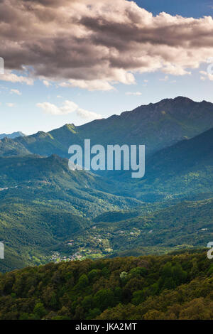 Frankreich, Korsika, Haute-Corse Abteilung, Fiumorbo Region, Prunelli di Fiumorbo, Berglandschaft - Stockfoto