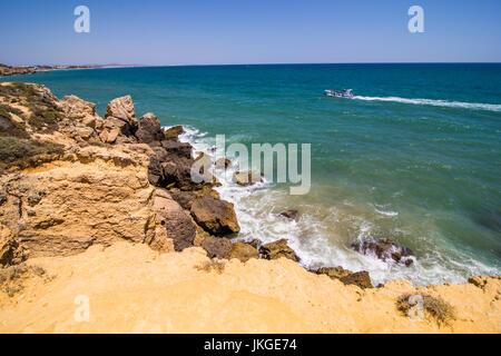 Sao Rafael Strand in Albufeira eine beliebte Reisen und Urlaub Reiseziel Algarve portugal - Stockfoto