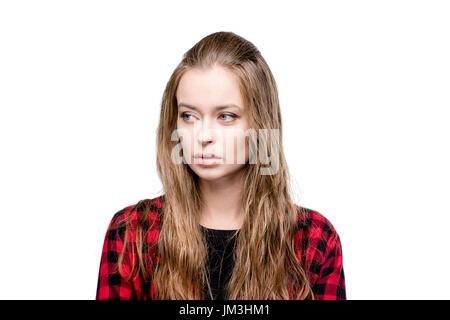 Portrait von junge attraktive Frau, die auf der Suche nach isoliert auf weiss - Stockfoto
