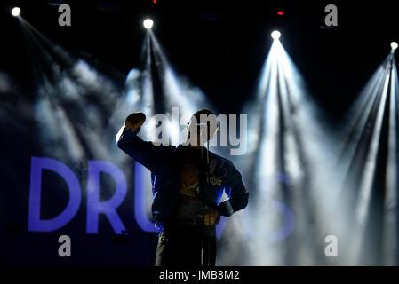VALENCIA, Spanien - JUN 11: The Drums (Indie-pop-Band) führen im Konzert beim Festival de Les Arts am 11. Juni 2016 - Stockfoto