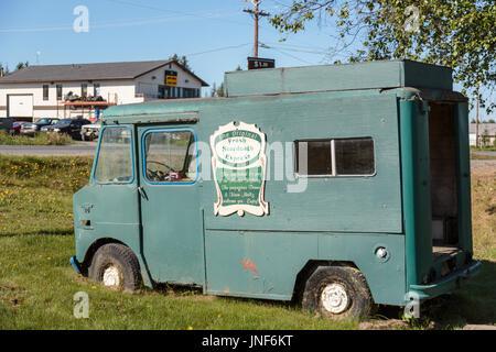 Alten grünen Bus, The Fresh Sauerteig Express, Bäckerei und Cafe, Homer, Alaska, USA - Stockfoto