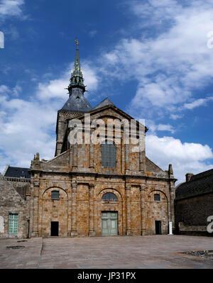 Fassade der Abtei des Mont Saint Michel - Stockfoto