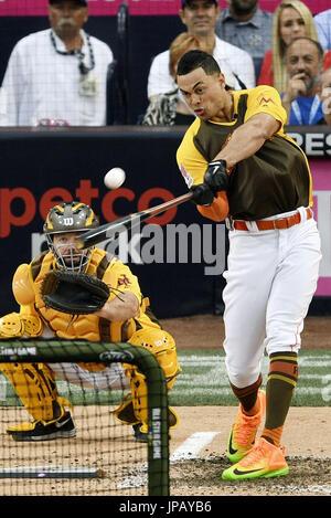 Miami Marlins Outfielder Giancarlo Stanton konkurriert in einem Homerun-Derby, ein Ereignis einen Tag vor der jährlichen MLB All Star Game im Petco Park in San Diego, Kalifornien, am 11. Juli 2016 statt. Stanton hit 20 Home Runs im Finale das Event (Kyodo) == Kyodo
