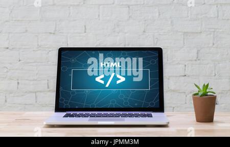 PHP HTML-Entwickler Web-Code design Programmierer arbeitet in einer Software in Entwicklung Programmierung Coding - Stockfoto