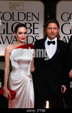 Los Angeles, Vereinigte Staaten von Amerika. 15. Jan 2012. US-Schauspieler Angelina Jolie und Brad Pitt die 69. - Stockfoto
