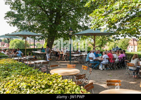 Spezial Keller Biergarten In Bamberg Franken Bayern Deutschland