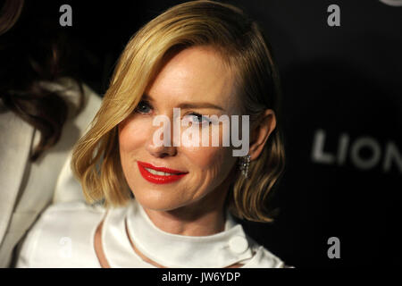 "Naomi Watts nimmt ""das Glas Schloss 'new york Screening in der sva Theater am 9. August 2017 in New York City. - Stockfoto"