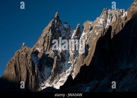 Dent du Requin, Les Aiguilles de Chamonix, Haute Savoie, Mont Blanc Massiv, Alpen, Frankreich, Westeuropa. - Stockfoto
