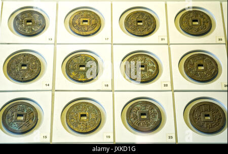 Die Alte Chinesische Münzen Der Verschiedenen Dynastien Im Museum