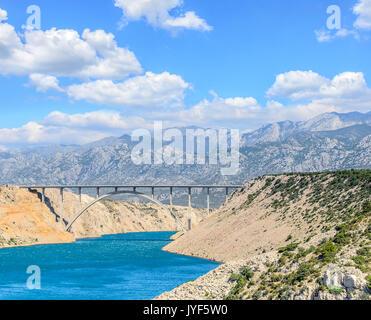 Brücke Maslenica auf der Autobahn A1, Kroatien. - Stockfoto