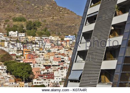 Traditionelle und moderne Architektur in Santa Cruz de Tenerife Kanarische Inseln Spanien - Stockfoto