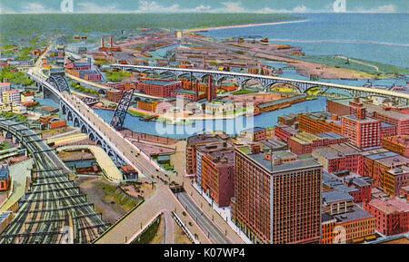 Cleveland, Ohio, USA, Hohe Brücke & Main Avenue Bridge - Blick nach Westen vom Terminal Tower. Datum: ca. 1934 - Stockfoto
