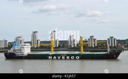 London, UK, 14. August 2017 Bulk Carrier Frachtschiff Sider Kolumbien kommt auf der Themse, London mit Cargo von - Stockfoto