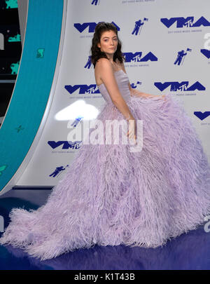 Los Angeles, USA. 27 Aug, 2017. Lorde an der 2017 MTV Video Music Awards im 'fabelhaft' Forum Foto: Sarah Stewart/Alamy - Stockfoto