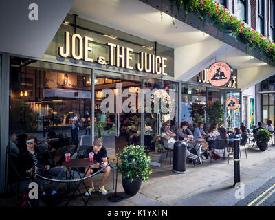 Joe & der Saft cafe in Soho in London - Stockfoto