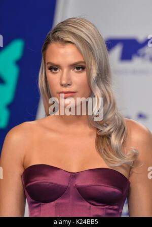 Los Angeles, USA. 27 Aug, 2017. LOS ANGELES, Ca. 27. August 2017: Alissa Violett am 2017 MTV Video Music Awards - Stockfoto