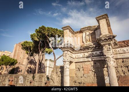 Architektonischen detail Forum des Augustus in Rom - Stockfoto