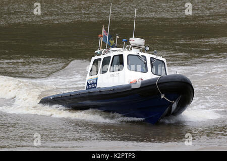 Hafen von London Authority Start/pilot cutter Benfleet, Notdienste, Lambeth erreichen, Themse, London, UK. 23 Okt, - Stockfoto