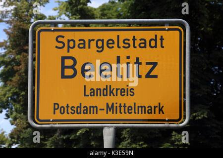 Deutschland, Brandenburg, Beelitz, Stadt Zeichen - Stockfoto