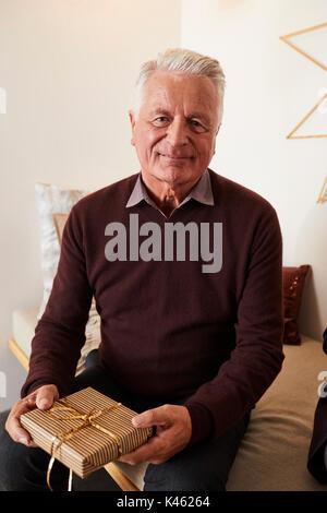 weihnachtsgeschenk für älteren mann