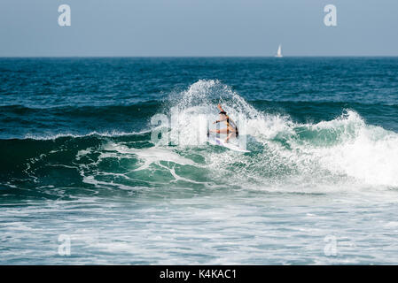 San Clemente, USA. 06 Sep, 2017. Der ersten Runde Surfen an der 2017 Swatch Frauen Pro am unteren Gerüste, San Onofre - Stockfoto