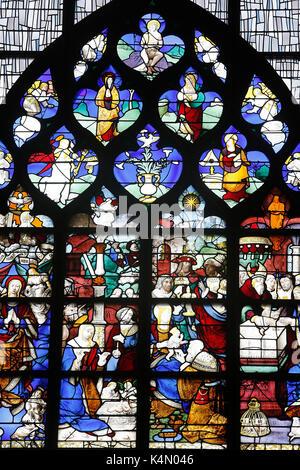 16. jahrhundert Glasfenster in der Nordwand der Kirche Saint Joan des Bogens, Rouen, Normandie, Frankreich, Europa - Stockfoto