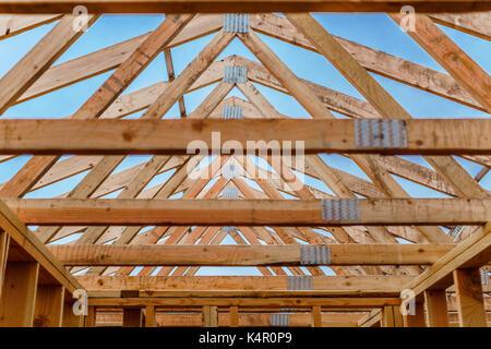 Die Materialien sind auf einer Baustelle in Oregon, USA hervorgehoben - Stockfoto