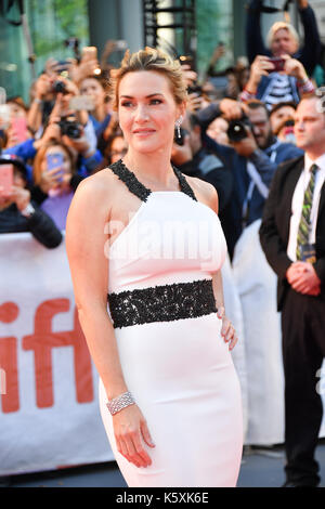 """Toronto, Ontario, Kanada. 10 Sep, 2017. Schauspielerin Kate Winslet nimmt an den """"Berg zwischen uns 'Premiere während - Stockfoto"""